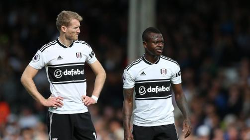 André Schürrle und Jean Michaël Seri vom FC Fulham