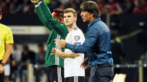 © imago / Bundestrainer Löw baut auf die Schnelligkeit von Werner