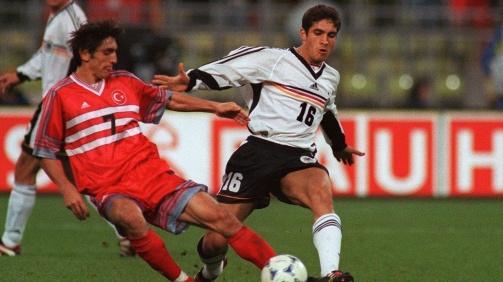© imago / Mustafa Dogan bei einem von 2 Länderspielen für Deutschland: Im Duell mit seinem Freund Tayfun Korkut