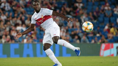 Stuttgarts Mittelfeldspieler Orel Mangala in Aktion