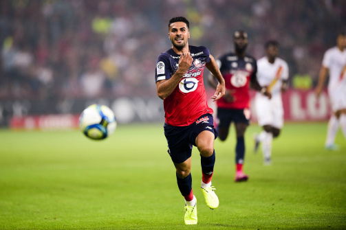 Zeki Çelik, takımı Lille için mücadele ederken