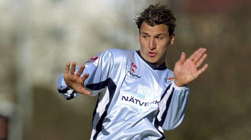 Ibrahimovic spielte bis 2001 bei Malmö FF, ehe es ihn zu Ajax Amsterdam zog.