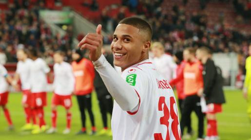 Ismail Jakobs - Profil du joueur 19/20 | Transfermarkt