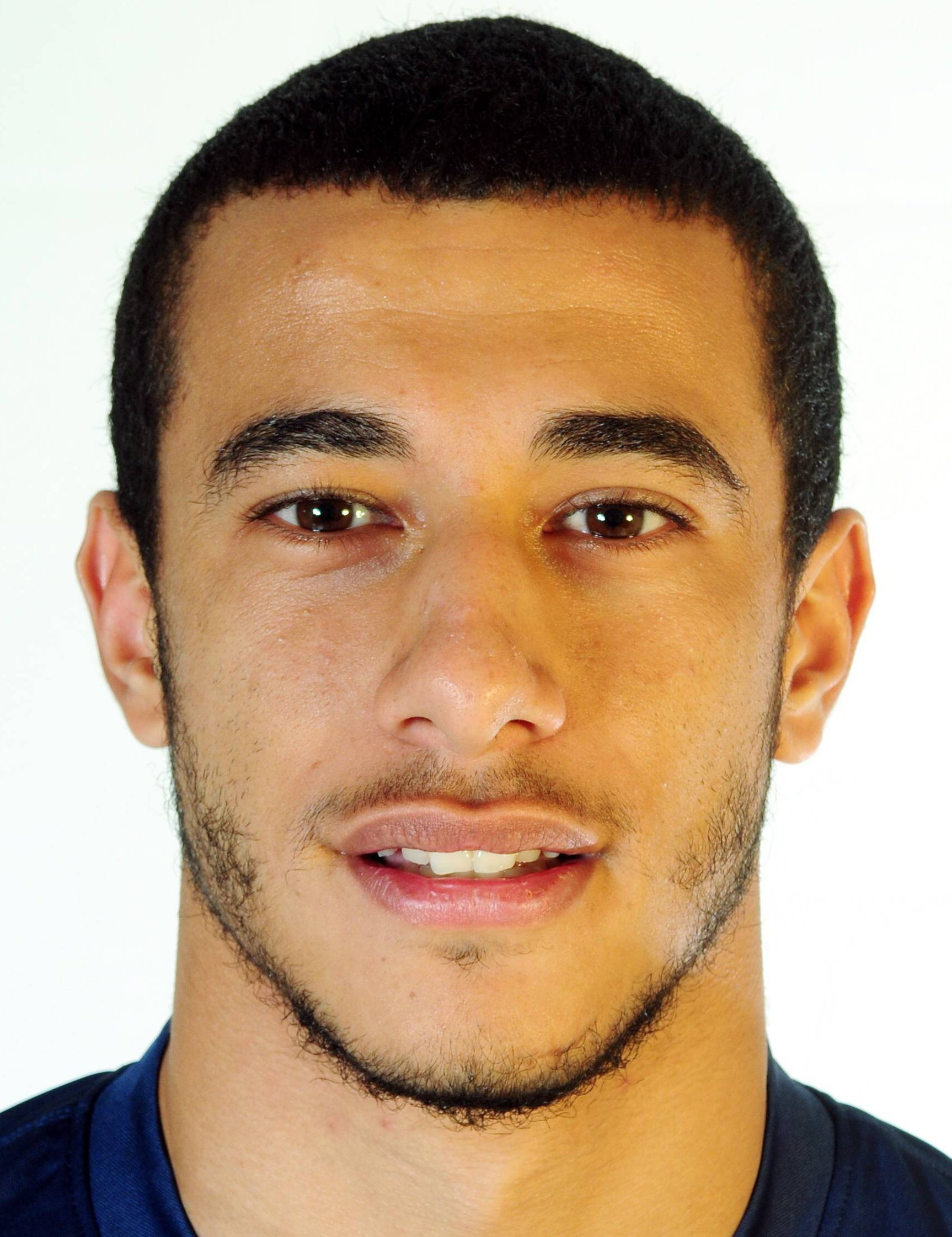 Younès Belhanda earned a  million dollar salary, leaving the net worth at 3 million in 2017