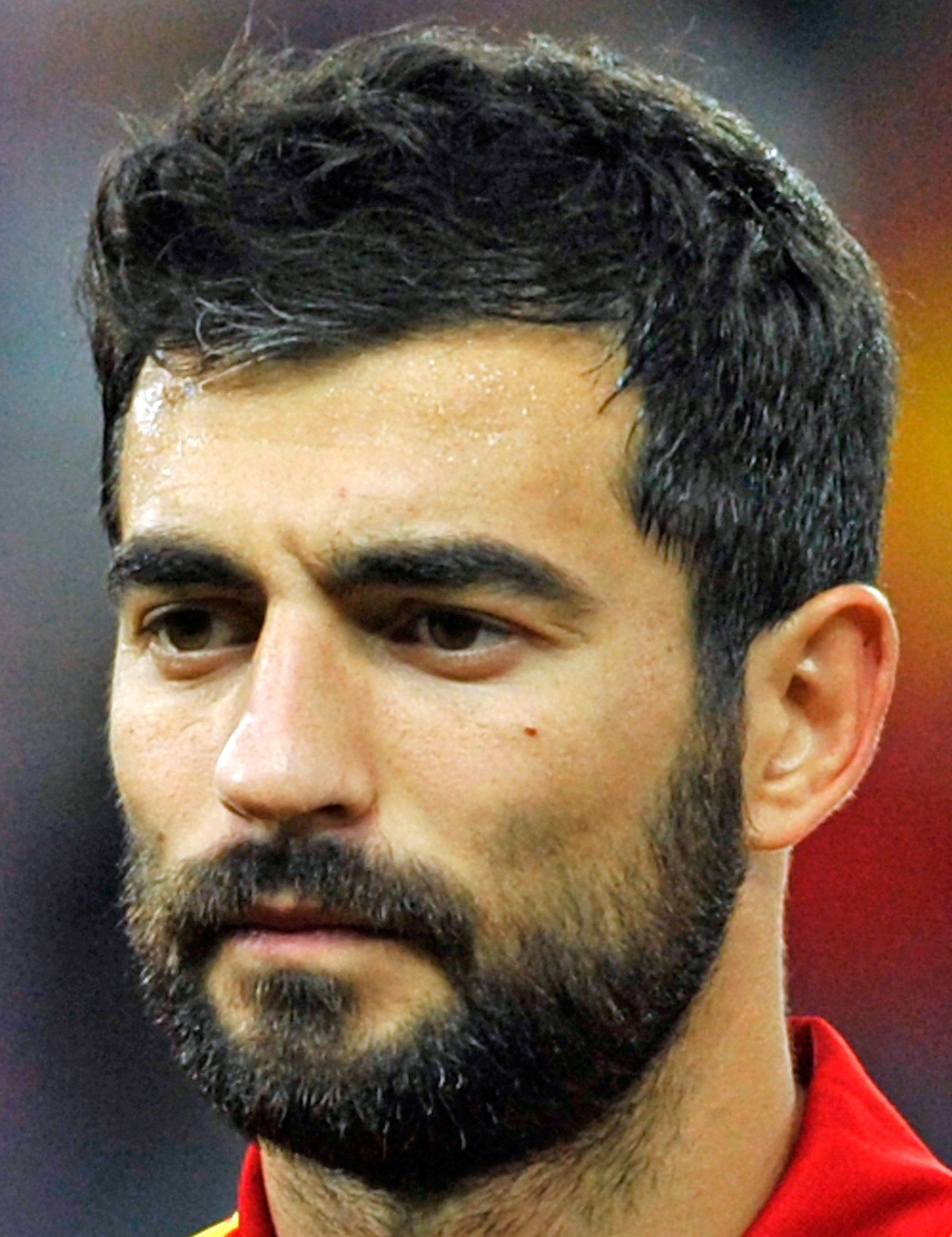 Raúl Albiol earned a  million dollar salary, leaving the net worth at 15 million in 2017