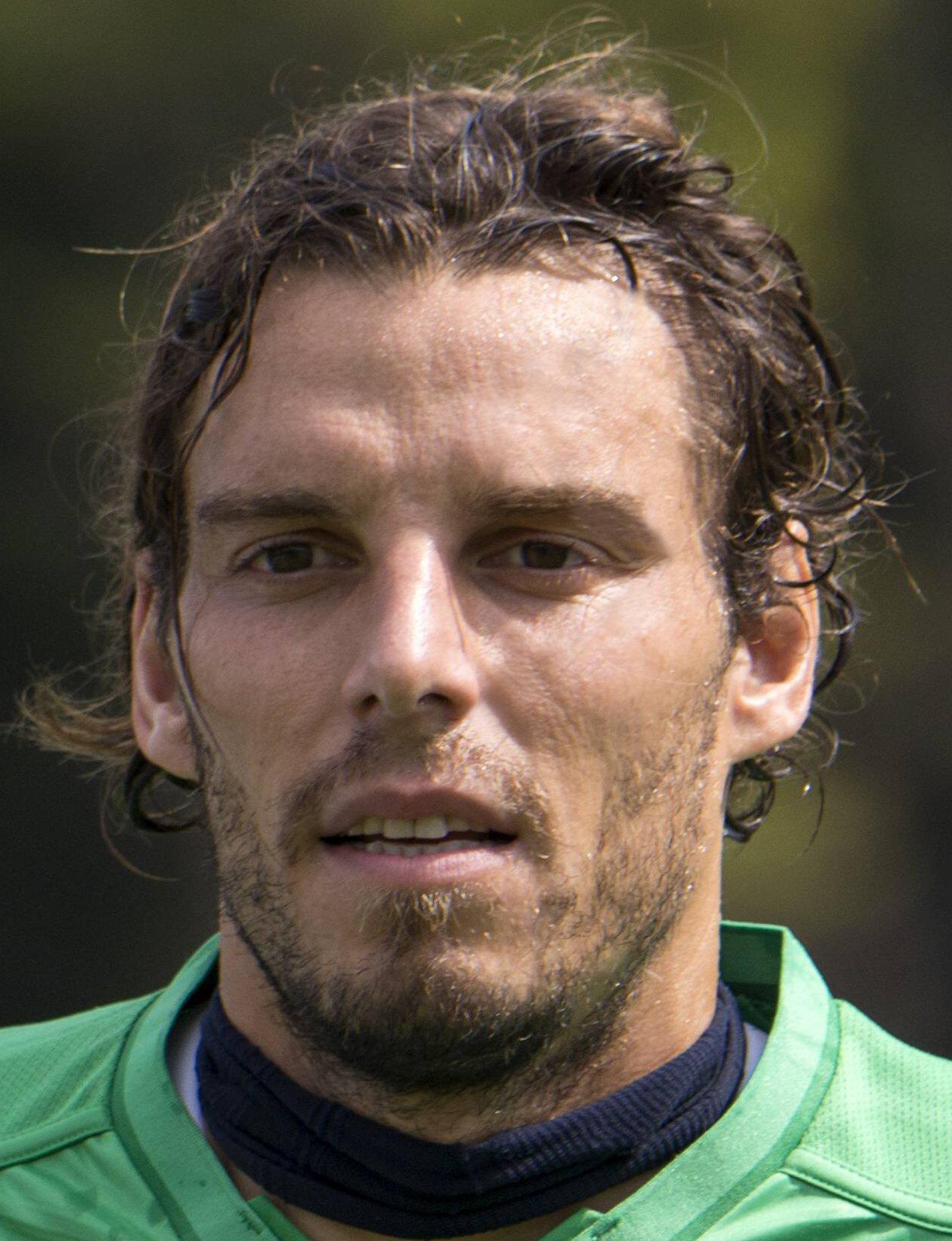 Federico Marchetti Player Profile 17 18