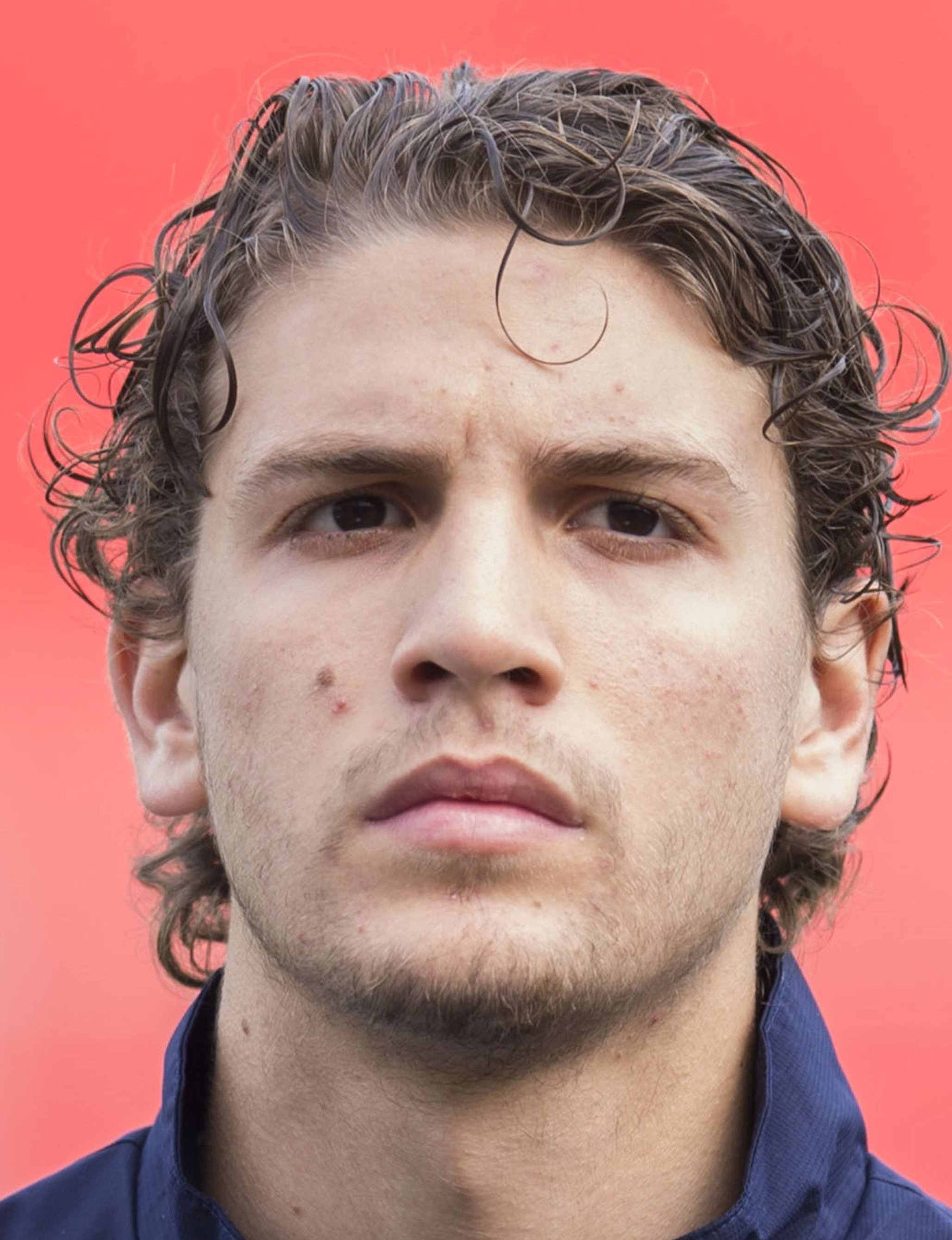 Manuel Locatelli earned a  million dollar salary - leaving the net worth at 0,7 million in 2018