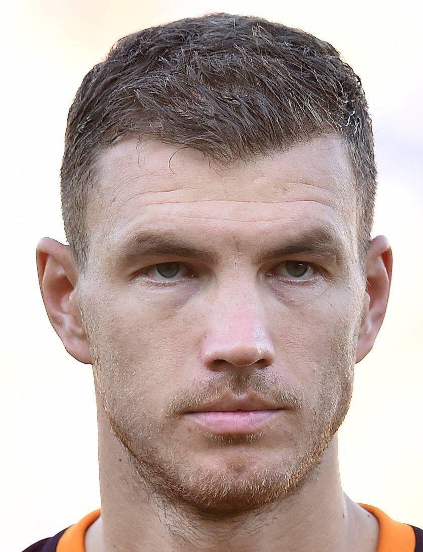 Edin Dzeko Player Profile 17 18
