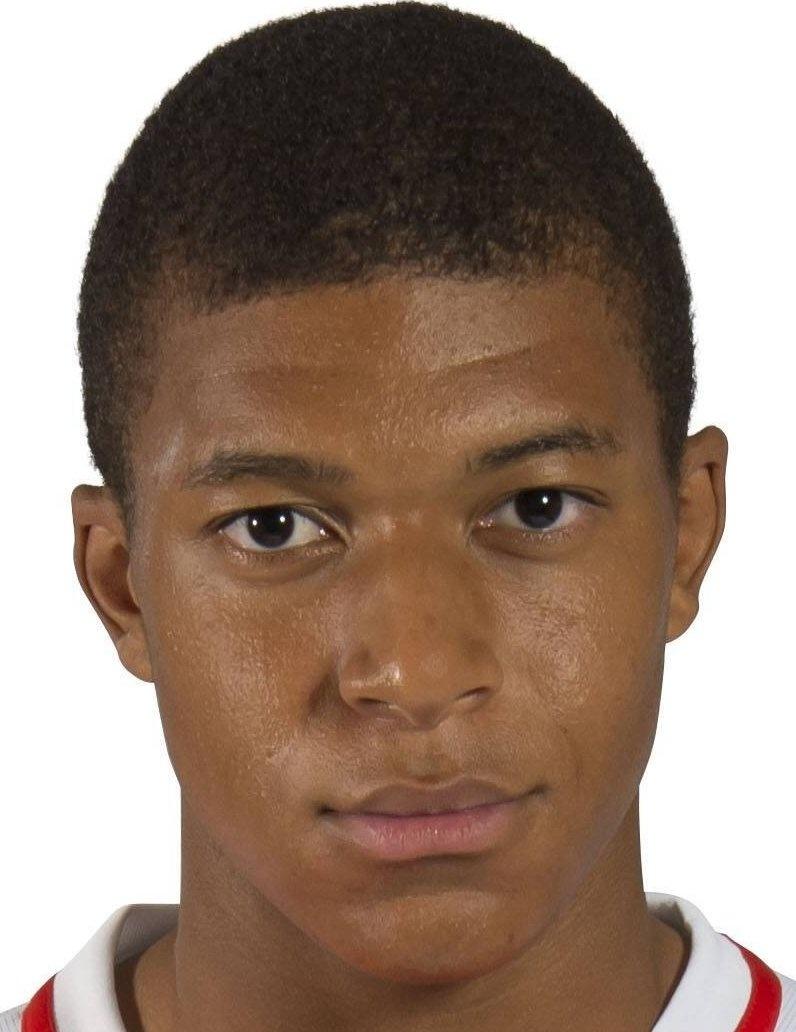 ¿Cuánto mide Kylian Mbappé? - Real height 342229-1482168038