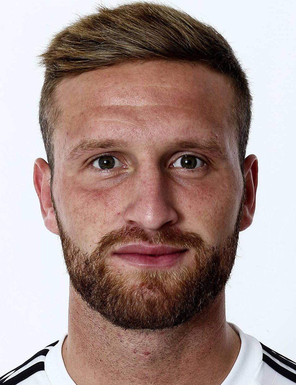 Shkodran Mustafi Player Profile 17 18