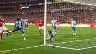 Iker Casillas glänzt bei Remis gegen Benfica