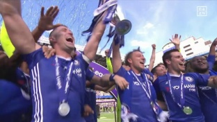 Chelsea mit 5:1-Torfestival bei Pokalübergabe