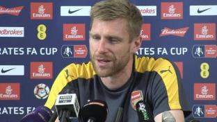 FA Cup: Mertesacker stärkt Wenger den Rücken