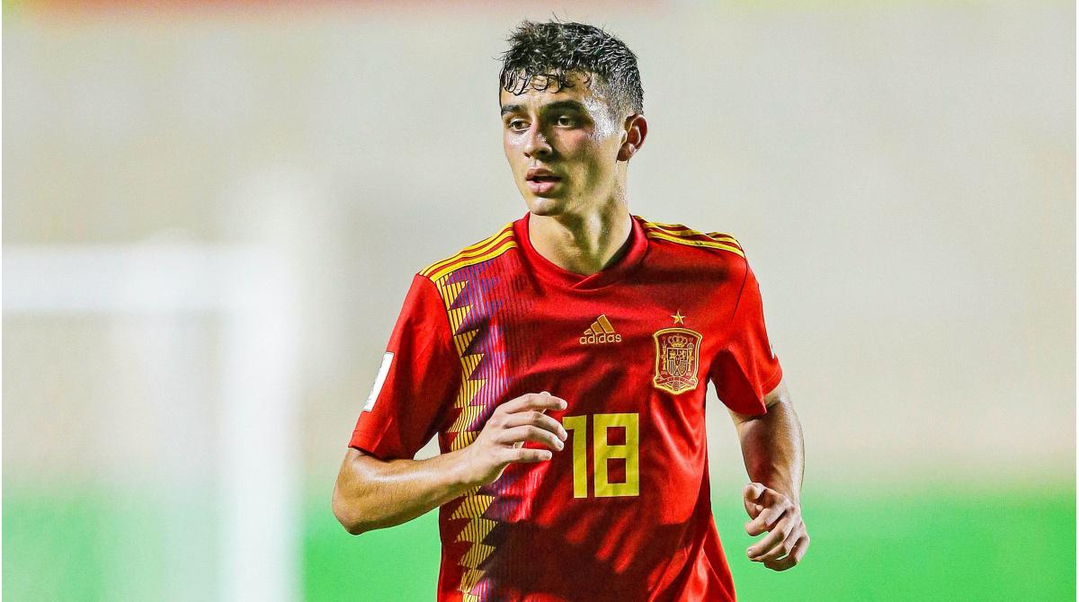 Spanisches Top-Talent | Ajax möchte Barças Pedri leihen – Huntelaars Zukunft offen: Option soll aufgelöst werden