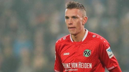 Marius Wolf hatte es bei Hannover 96 nicht leicht, wechselte im Januar 2017 zu Eintracht Frankfurt