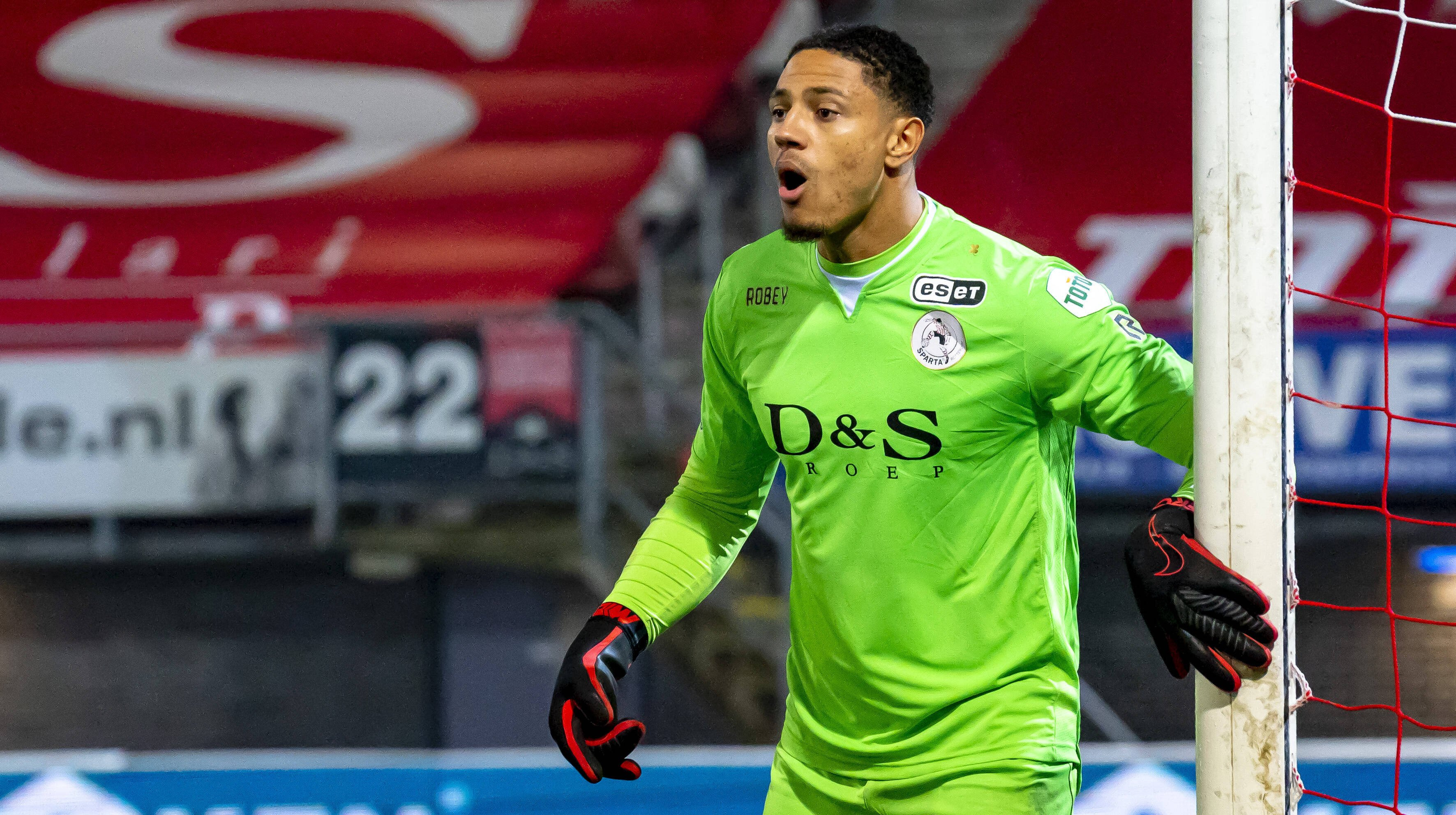 Maduka Okoye wanted by Ajax - Transfer with loan-back an option? |  Transfermarkt