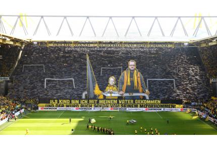 BVB-Fans mit toller Choreographie im Signal Iduna Park von Borussia Dortmund