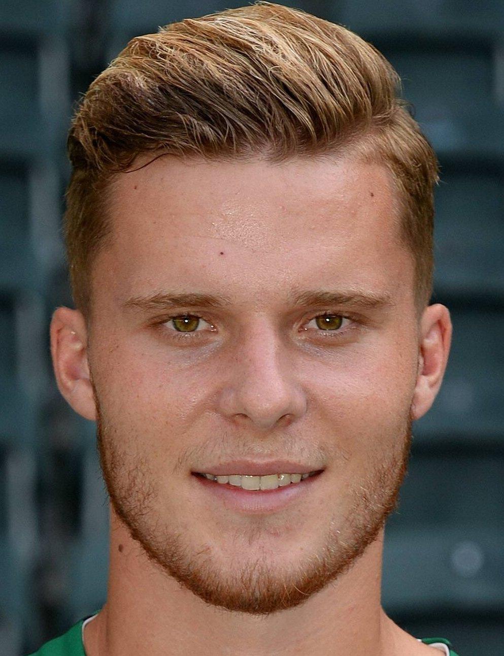 Nico Elvedi Player Profile 20 21 Transfermarkt