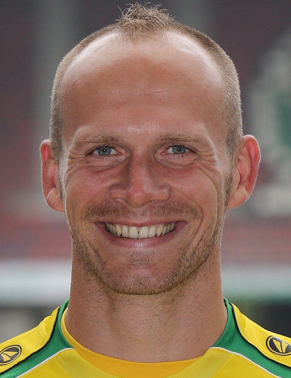 Futbolcu Andrey Eshchenko