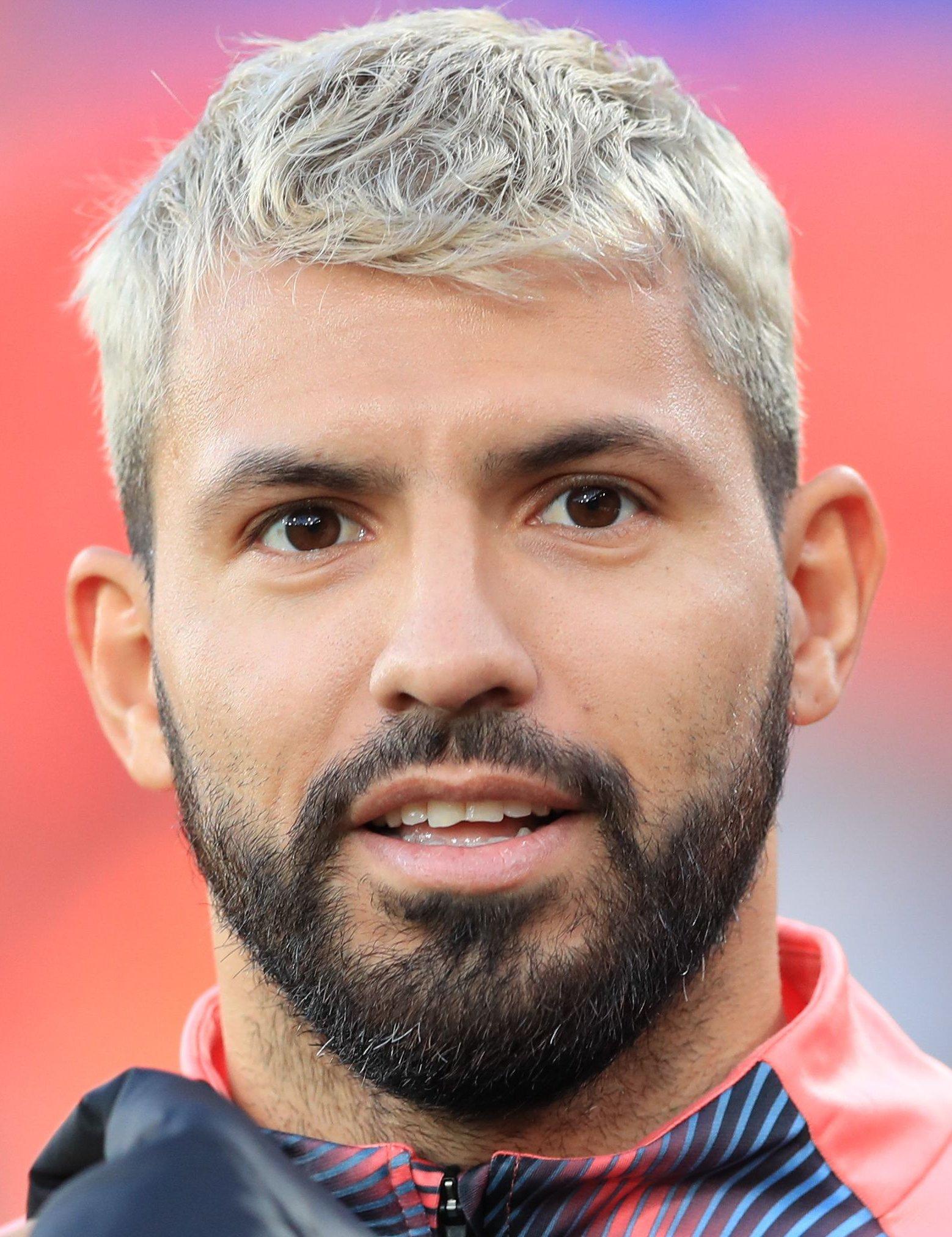 Kun Aguero Hairstyle / Sergio Aguero Football Player ...