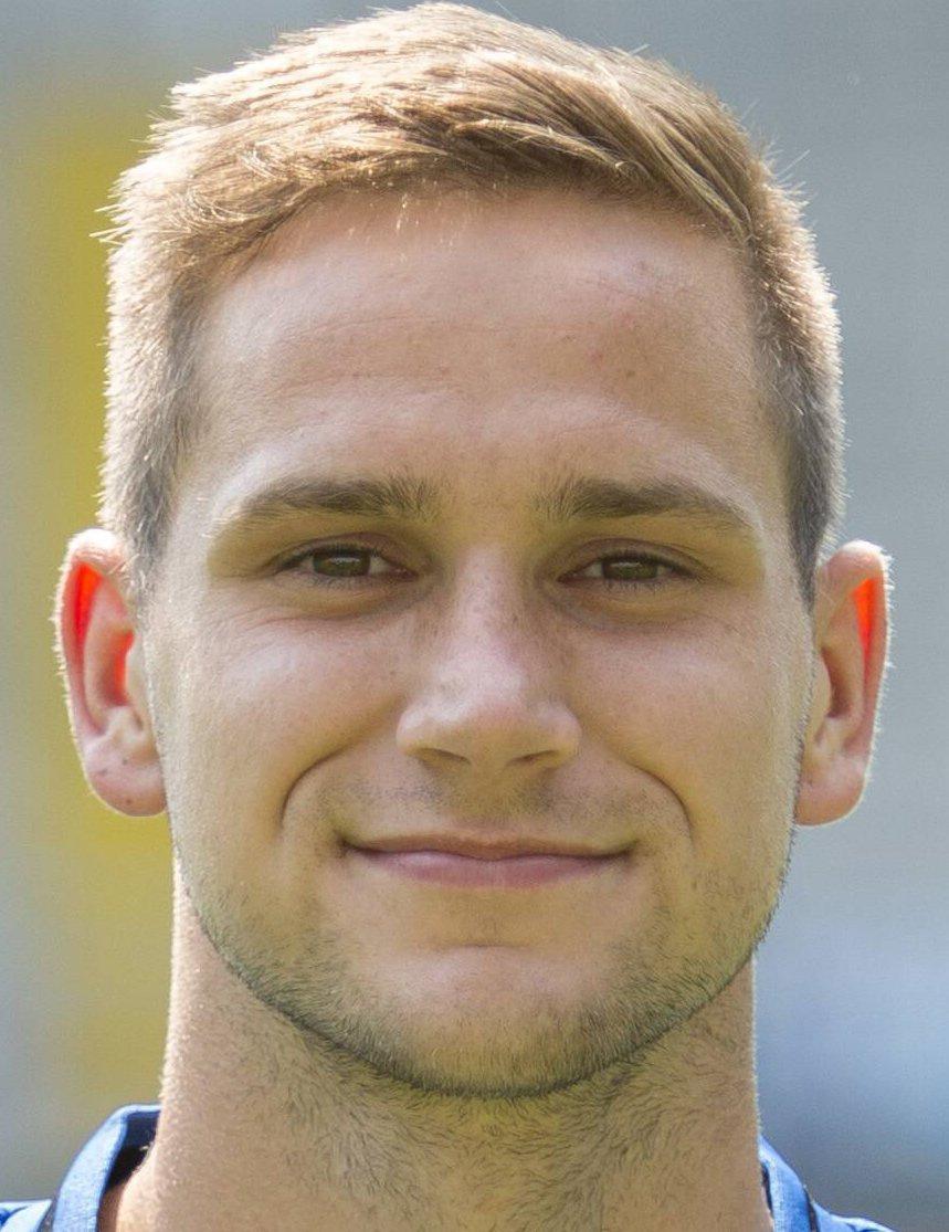 Michael Heinloth - Player Profile 18/19 | Transfermarkt